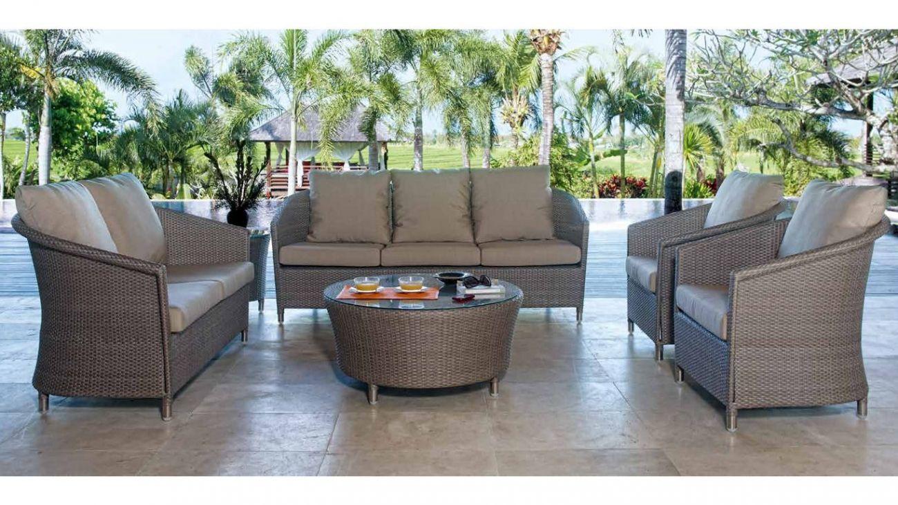 Sof s chester ao melhor pre o na gra a interiores sof s for Sofa exterior jardim