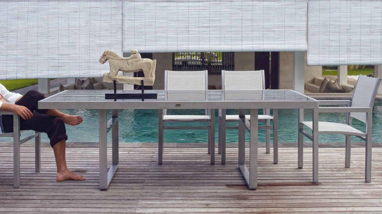 Mesa para jardim de vidro a id ia de beleza dom stica for Mesas exterior baratas