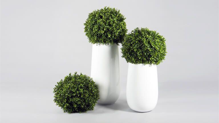 Boxwood Ball, Vasos e Floreiras